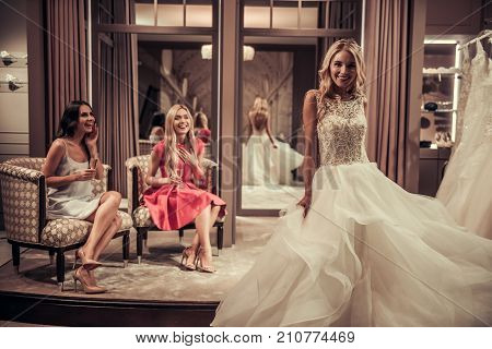 poster of Girls In Wedding Salon