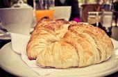 picture of bread rolls  - bread in basket  - JPG