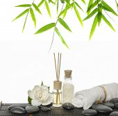 picture of gardenia  - Set of massage oil and bamboo leaf  - JPG