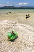 pic of dauphin  - Fishing boats and net in southern Madagascar - JPG