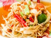 foto of green papaya salad  - this is the green papaya salad food - JPG