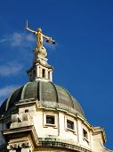 pic of bailey  - Lady of Justice of the Central Criminal Court fondly known as The Old Bailey - JPG
