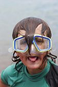 picture of dorky  - boy with diving mask on looking like a right plonker - JPG