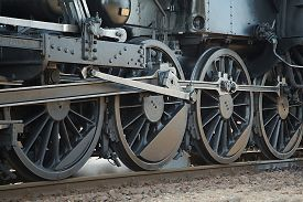 picture of steam  - Steam Locomotive Rolling - JPG