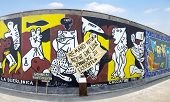 Protesto de East Side Gallery