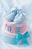 pic of booty  - Little baby booties and gift boxes - JPG