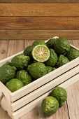 image of dandruff  - Bergamots put together in a wood box - JPG