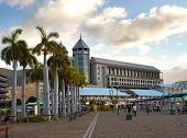 pic of mauritius  - The embankment at sunset Port - JPG