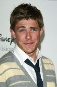 BEVERLY HILLS - JUL 12: Chris Lowell at the Disney ABC Television Group Summer All Star party on Jul