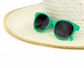 foto of panama hat  - Large beach hat and green sun glasses - JPG