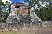 picture of yucatan  - Chichen Itza pyramid Yucatan Mexico  - JPG