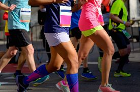 picture of competing  - Marathon running race - JPG