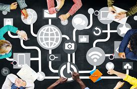 picture of social system  - Connecting Internet Online Social Media Social Network Concept - JPG