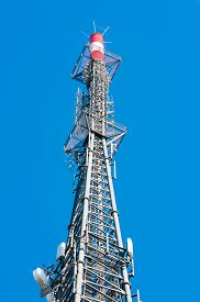 picture of lightning-rod  - Radio mast seen from close up - JPG