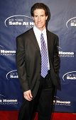 NEW YORK - NOV 11: Paul O'Neill attends the 8th Annual Joe Torre Safe at Home Foundation Gala at Pie