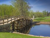 picture of revolutionary war  - Old North Bridge - JPG