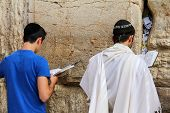 Jewish Worshipers Pray At The Wailing Wall An Important Jewish Religious Site   In Jerusalem, Israel