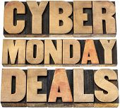 foto of monday  - Cyber Monday deals  - JPG