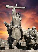 foto of ww2  - Soviet era WW2 memorial in Kiev Ukraine - JPG