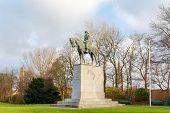 Постер, плакат: Brugge Monument to King Albert 1