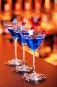 image of oz  - 1 1/2 oz vodka
