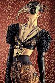 Постер, плакат: Мода выстрел из красивой модели на винтажные фон