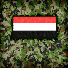 picture of ami  - Amy camouflage uniform with flag on it Yemen - JPG