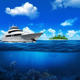 picture of under sea  - White yacht in the sea - JPG