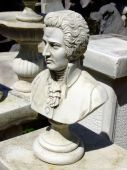 picture of mozart  - A sculpture of the famous Wolfgang Amadeus Mozart - JPG