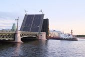 foto of sankt-peterburg  - Landscape with the image of open Palace bridge from the Neva river in St - JPG