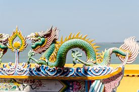 picture of dragon  - Close up colorful dragon statue - JPG