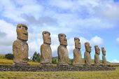pic of stature  - Seven moai platform at Eastern Island - JPG