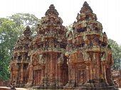 pic of mahabharata  - Three stupa khmer  - JPG