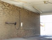 picture of car wash  - single bay at the car wash - JPG