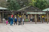 Visitors waiting to enter Zoo Atlanta