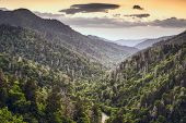 picture of gatlinburg  - Smoky Mountains - JPG