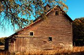 image of red barn  - A rustic - JPG