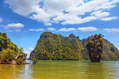 image of james bond island  - Calm bay and bizarre island - JPG