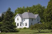 image of farm-house  - An old turn of the century farm house in rural Wisconsin - JPG