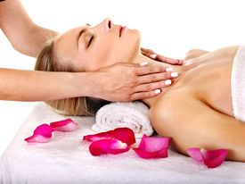 pic of beauty parlour  - Woman getting facial  massage in beauty spa - JPG