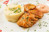 image of mashed potatoes  - chicken with mashed potatoes - JPG