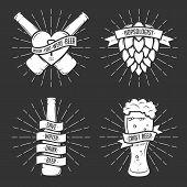 ������, ������: Set of t shirt beer prints Vintage vector illustration