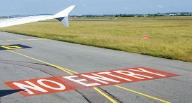 picture of no entry  - no entry sign at the runway at Charles de Gaulle - JPG