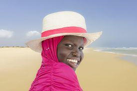 picture of ten years old  - Young Muslim girl at the beach - JPG