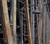 picture of girder  - Rusty - JPG