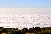 Mar de Nubes poster