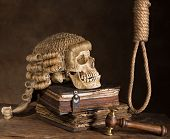 Noose and judge's wig symbolizing death sentence