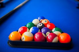 picture of pool ball  - pool balls - JPG