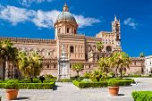 foto of cupola  - The Cathedral of Palermo is an architectural complex in Palermo  - JPG