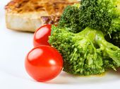 Broccoli With Meat And Cherry Tomatoes